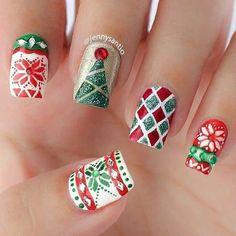 holiday nails ornament